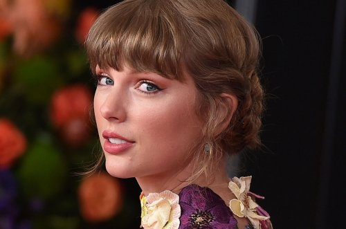 Taylor Swift Shares the 'Truth' Behind Why We Haven't Seen Her Cat Meredith Recently