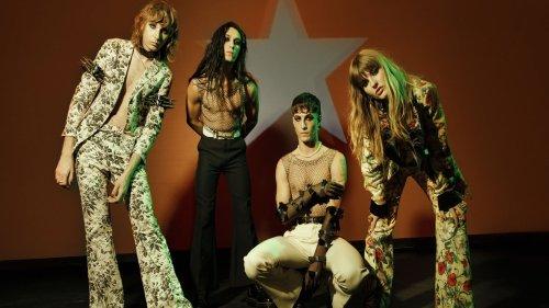 """I Måneskin con il video di """"I Wanna Be Your Slave"""" ci fanno rivivere MTV degli anni '90"""