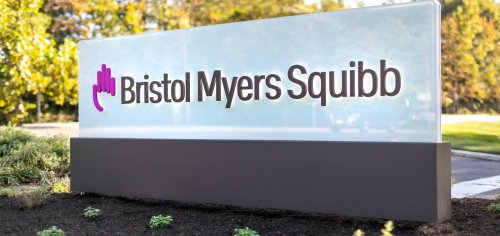 Bristol Myers says CAR-T therapy beat chemo, transplant in lymphoma study