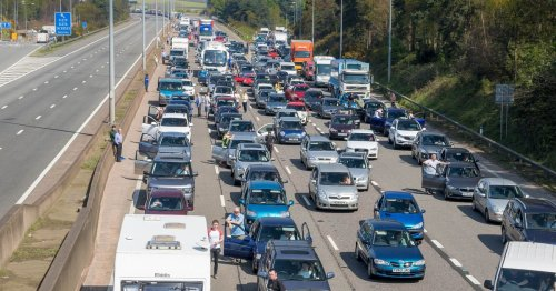 Holiday exodus - busiest routes and disruption due to 'pingdemic'