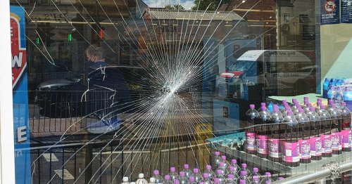 Aldi staff attacked and window smashed by thug over £1.47 beer