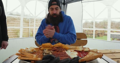 Youtuber takes on Solihull cafe's undefeated breakfast challenge