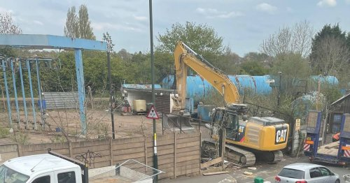 Solihull homes shake as 'eyesore' canal site cleared