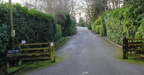 Second millionaires' estate in bid to gate off community