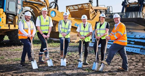 More than 1,000 new jobs promised as deal with tenant 'closes in'