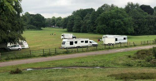 Travellers return to beauty spot as former site has 'barricades'