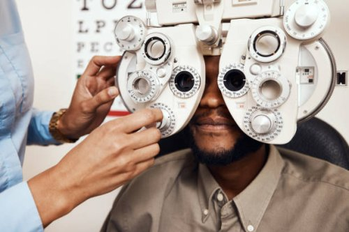 Can Eye Problems Raise the Risk for Dementia?