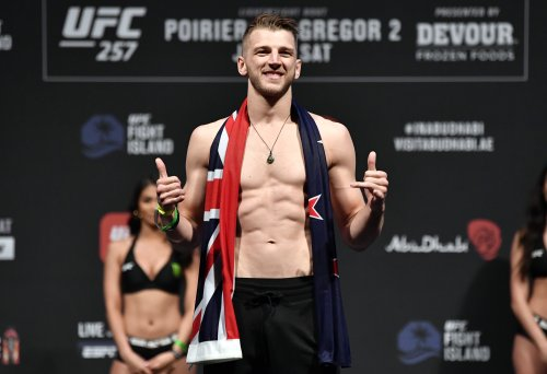Dan Hooker Pleads With US Ambassador to New Zealand for Visa Approval for UFC 266