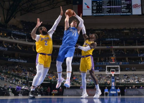 Luka Doncic Leads Mavs Past Lakers in Anthony Davis' Return from Calf Injury