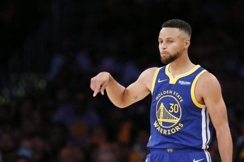 Warriors' Stephen Curry Says He 'Played Like Trash' vs. Lakers Despite Triple-Double