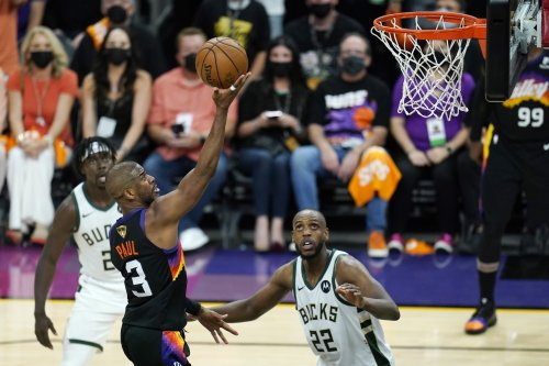 Chris Paul Dominant as Suns Rout Giannis, Bucks in 2021 ...