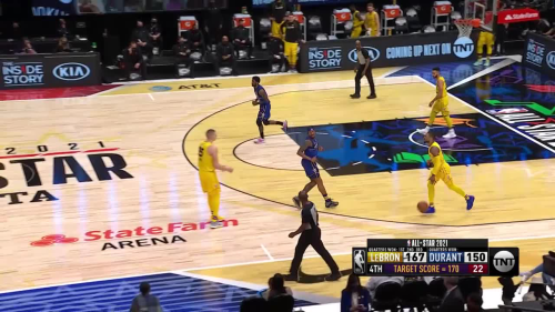 Damian Lillard with outstanding half-court shot!