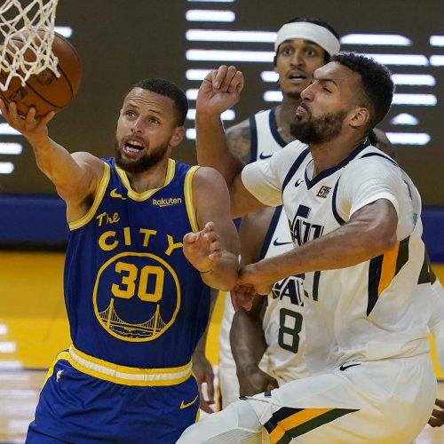 Stephen Curry's Late 3-Pointer Lifts Warriors Past Jordan Clarkson, Jazz
