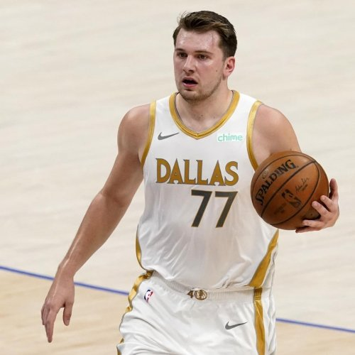 Mavs' Luka Doncic: Groin Shot on Collin Sexton 'Obviously Was Not on Purpose'