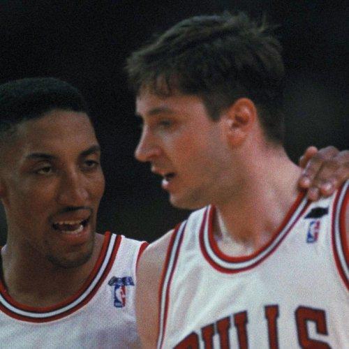 Scottie Pippen: Phil Jackson Calling Final Shot for Toni Kukoc Was 'Racial Move'
