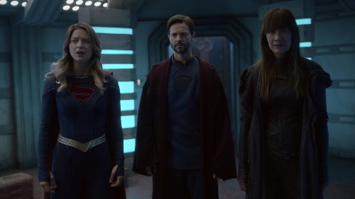 """Sorry, The CW's """"Save Supergirl"""" Video Isn't What You Think It Is"""