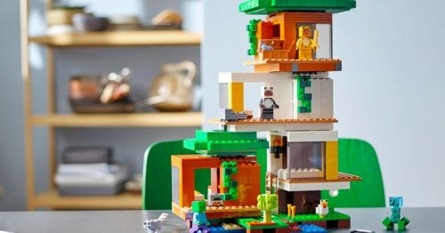 Minecraft Comes To Life With New Modern Treehouse LEGO Set