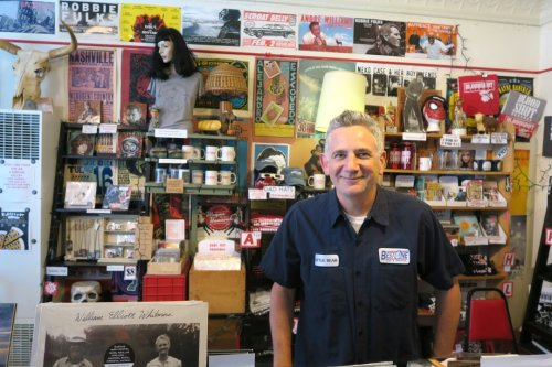 Bloodshot Records Founder Says He's Leaving Indie Label After 25 Years