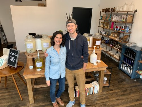 The Unwaste Shop Brings Bulk Shampoo, Zero-Waste Products To West Town