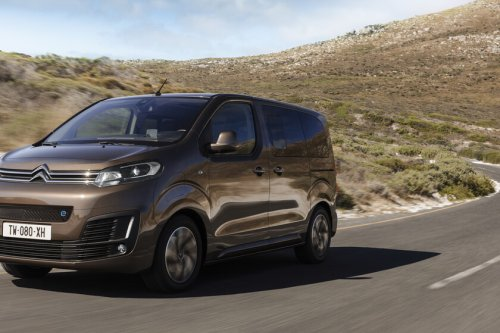 Probamos la Citroën ë-SpaceTourer: la sucesora eléctrica de los monovolúmenes y con hasta 330 km de autonomía