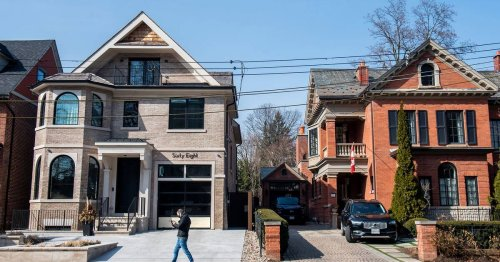 Home prices in Toronto rise to record levels and here's what experts say will happen next