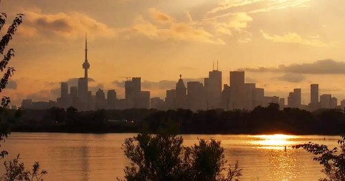 Toronto put under special weather alert for some of the worst air quality in the world