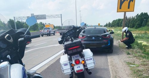 Police arrest and slap driver in Brampton with hefty ticket for traffic weaving