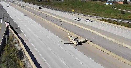 Traffic camera captures amazing plane landing on Highway 407