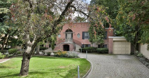 The last time this $9 million house sold in Toronto was the 1970s