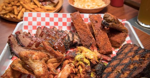 Popular Toronto BBQ joint that had a fire just before the pandemic finally reopens