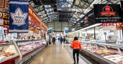 St. Lawrence Market no longer permitting indoor dining due to vaccination proof requirements