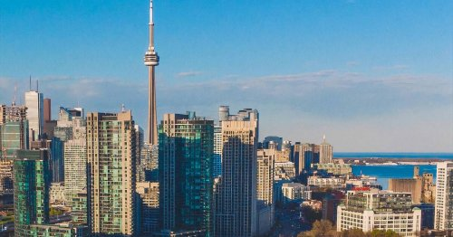 These Toronto neighbourhoods have seen rent prices drop by more than 30% since last year