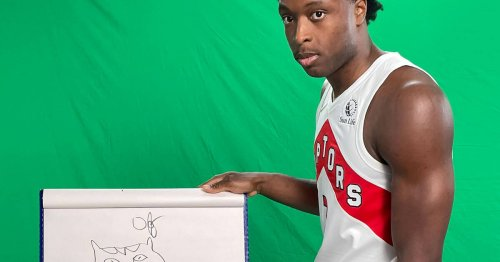 Toronto Raptors players tried to draw the OVO logo and the results are wacky