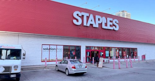 Toronto's largest downtown Staples store is permanently closing