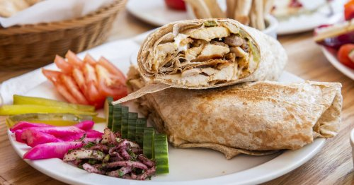 Toronto restaurant known for its chicken shawarma permanently shuts down