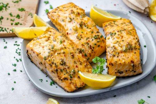 Keto Baked Salmon Recipe (Video) | Blondelish.com