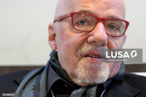 Respostas de Paulo Coelho pegam fogo e viram notícia em Portugal - Blue Bus
