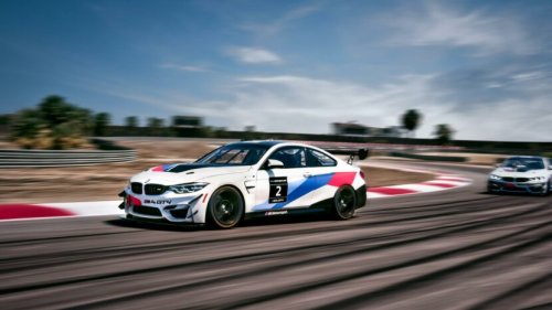 We drove a BMW Race Car - The BMW M4 GT4 - VIDEO