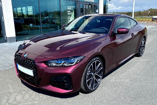 5,000 euros can get you this Wild Berry color on the BMW 4 Series