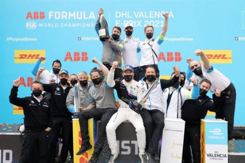 Race Recap: Valencia ePrix brings first win in 2021 for BMW