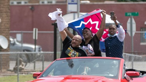 After 156 years of most white people ignoring it, Juneteenth becomes state holiday in IL