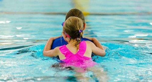 """Verbände sprechen von """"gigantischem"""" Bedarf an Schwimmkursen"""