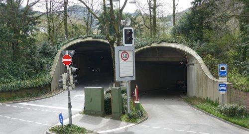 Michaelstunnel in Baden-Baden nach Unfall stundenlang gesperrt