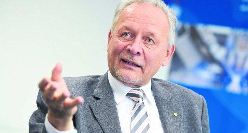 Wolfgang Grenke verabschiedet sich auf Hauptversammlung