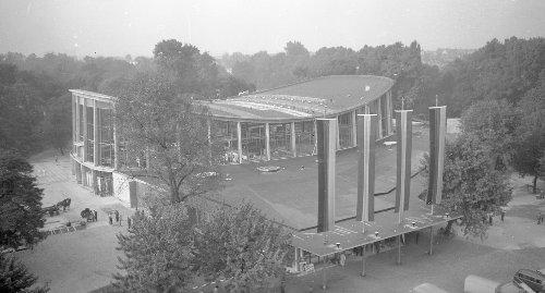 Die Karlsruher Schwarzwaldhalle: In vier Wochen geplant, in fünf Monaten gebaut