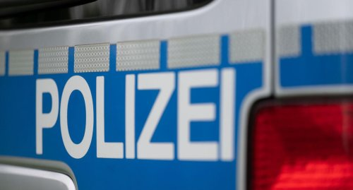 Randalierer in der Pforzheimer Innenstadt schlagen Fenster ein und versprühen Pfefferspray
