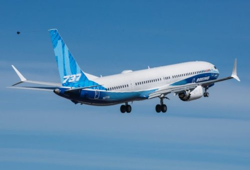 A new MAX – The Boeing 737-10 takes off for the first time