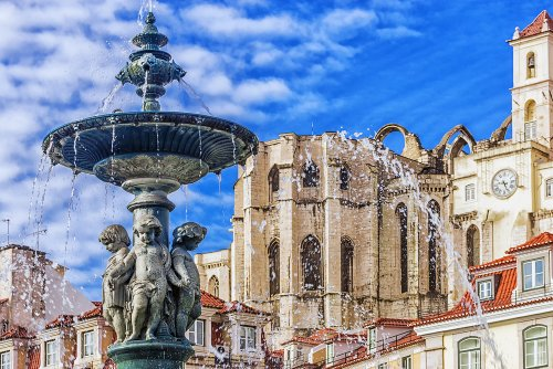 Lisbon: What Makes This European Capital A Gem?