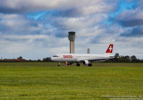 Airplane Art- SWISS Airbus A321-100 arriving at Dublin Airport