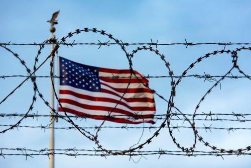 Biden a tranché : les États-Unis resteront pour l'instant fermés !